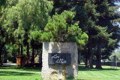 Los_Altos_entrance_sign